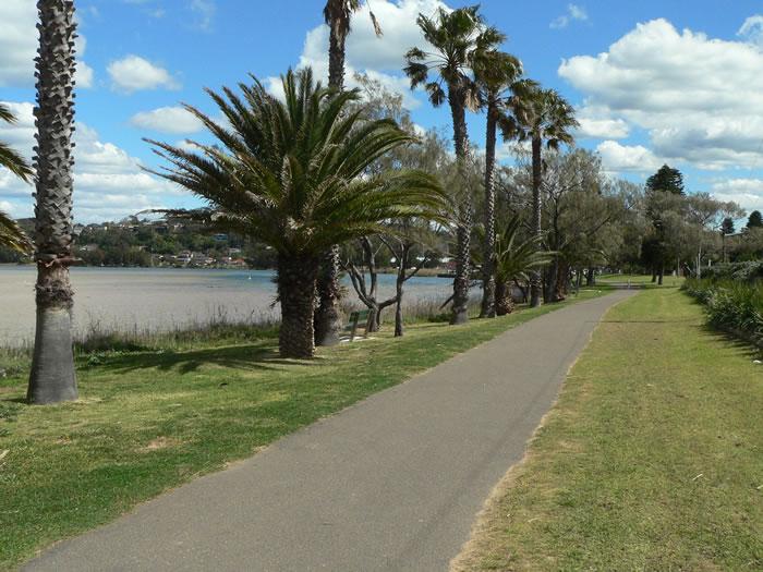 Narrabeen Lagoon Walking Track